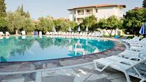 Barut Hotel Cennet er et hotell for voksne.
