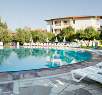 Barut Hotel Cennet er et hotell for voksne.