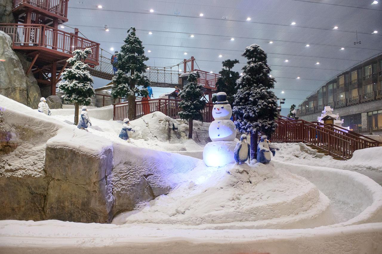 De forente arabiske emirater - Ski Dubai ligger i Mall of the Emirates ved Dubai marina