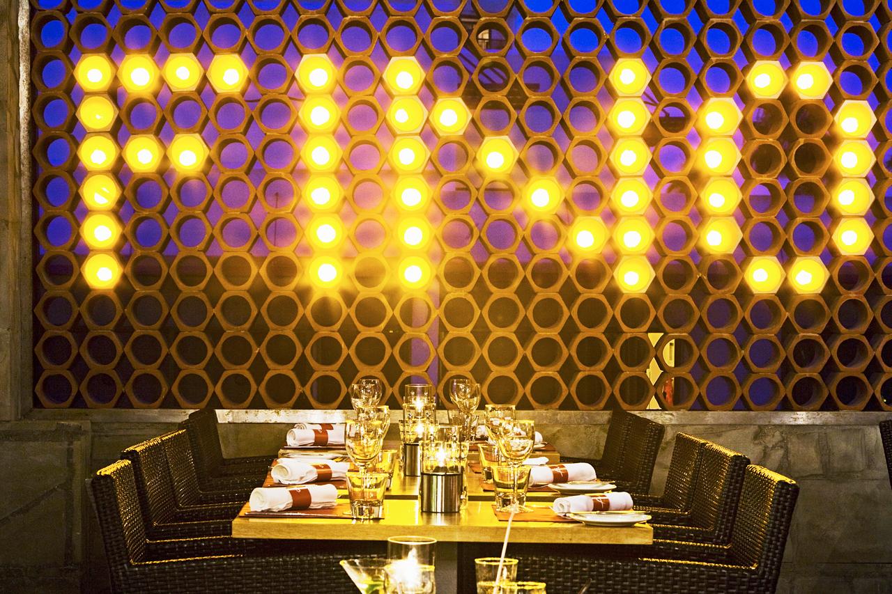 Sunwing Sandy Bay Beach - Fino Restaurant & Grill tilbyr vellaget mat fra en internasjonal meny.