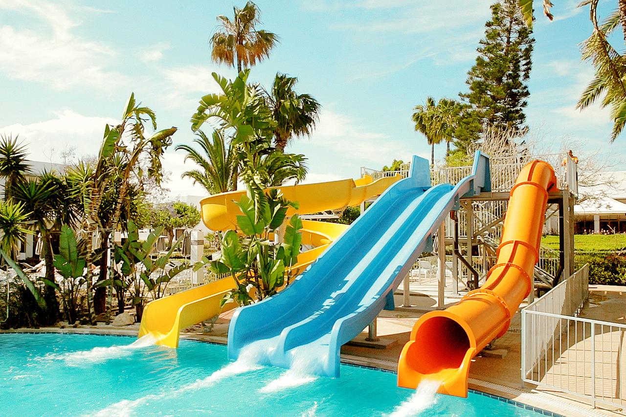 Sunwing Sandy Bay Beach - Vannsklier i Fun Pool.